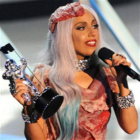 taylor swift and katy perry quiz pop quiz on mtv vmas 2010 including questions on lady gaga
