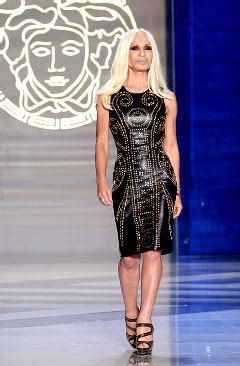 Donatella Versace To Design The Next Spice Tour Wardrobes Catwalk by Who Do Lunch In Kuwait H M And Versace