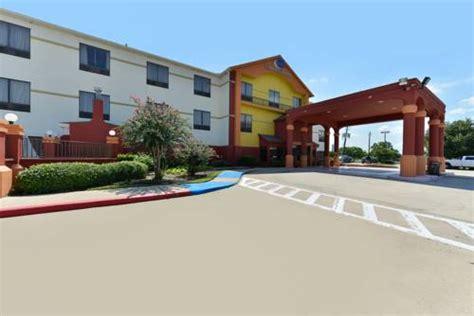 comfort inn la porte tx comfort suites la porte la porte texas hotel motel