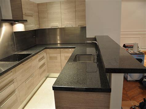 epaisseur plan de travail cuisine granits d 233 co plan de travail en granit rustenbuild