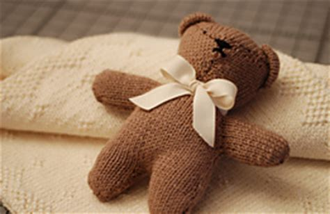 how to knit a simple teddy ravelry teddy pattern by erika