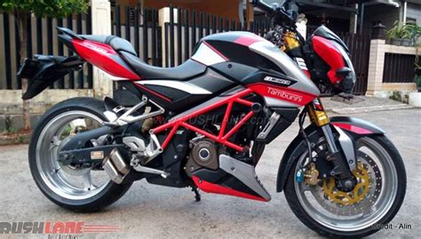 Rear Fender Pulsar 200ns Model Pulsar 200 Ss bajaj pulsar 200 ns disguised as aprilia with stunning