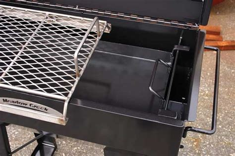backyard smoker pr36 backyard bbq smoker meadow creek barbeques