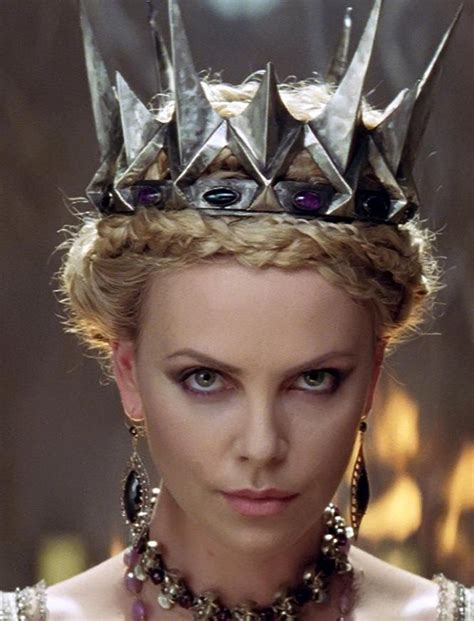 hairstyles queen queen ravenna snow white and the huntsman i am a