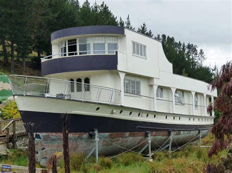 boat club bandra boudoir pieces unusual buildings around the world