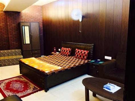 HOTEL INDIA (Ludhiana, Punjab)   Hotel Reviews, Photos