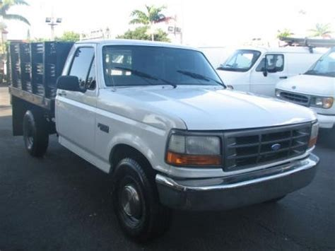1995 F250 Specs by 1995 Ford F250 Xl Regular Cab Stake Truck Data Info And