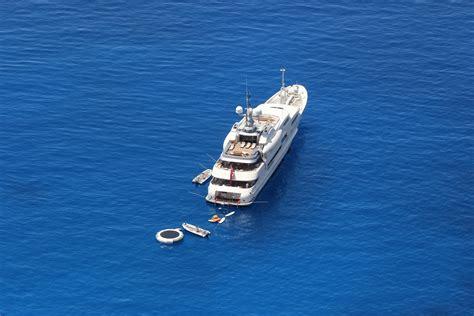 yacht boat holidays sporades yacht charter boat sailing holidays