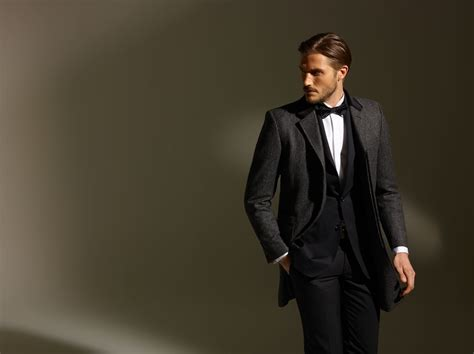 the in the black suit how to wear your black suit this festive season