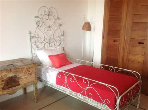 camas hierro camas de hierro para ninos divertidos colores camas de