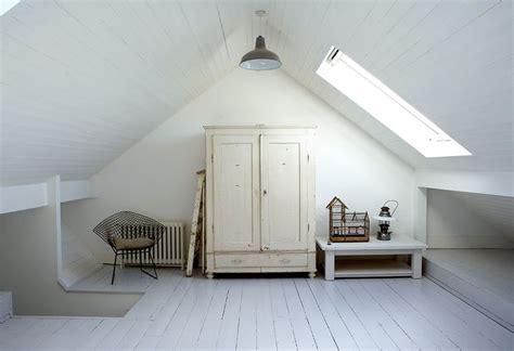 attic rooms with sloped ceilings лучших изображений на тему 171 attic rooms with sloped slanted ceilings в 187 254