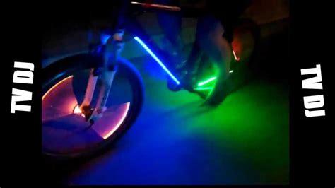 Led Youtube   oświetlony rower taśmą led youtube