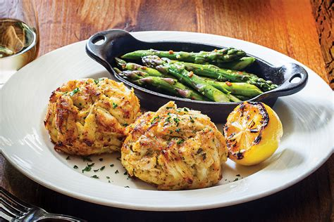 the best the 25 best crab cakes in baltimore