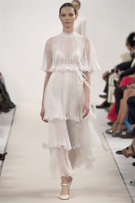 New Valentino valentino comes to new york pursuit of daydreams