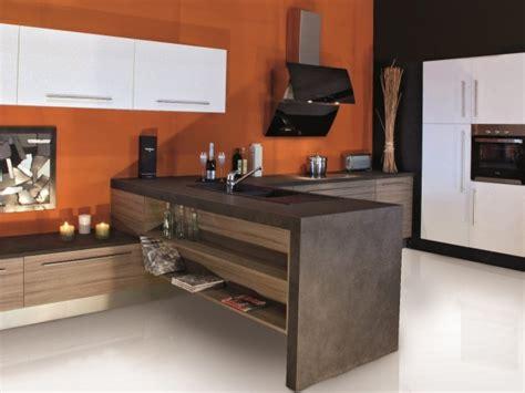 etageres cuisine cuisine moderne color 233 e et 233 pur 233 e poss 233 dant un meuble en