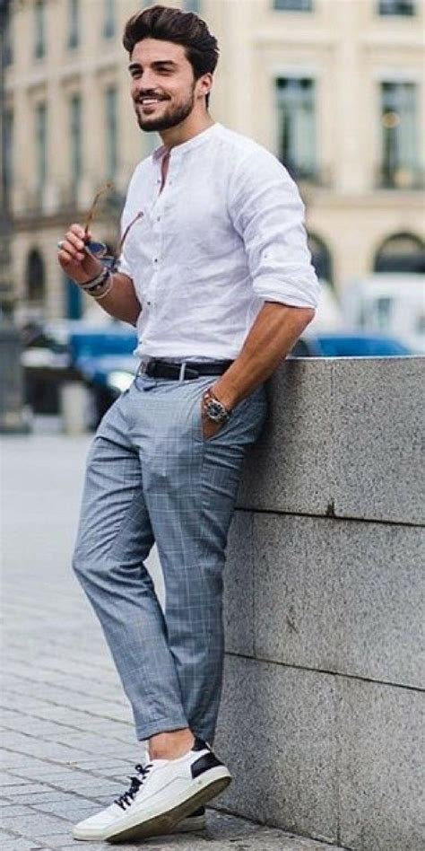 This Guy Will Teach You How To Look Sharp On The Street