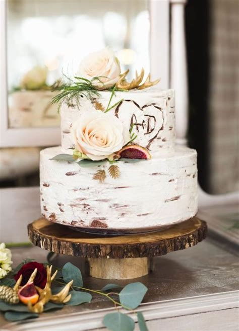 Top 2017 Trending Wedding Cakes ? Brides at the Preserve