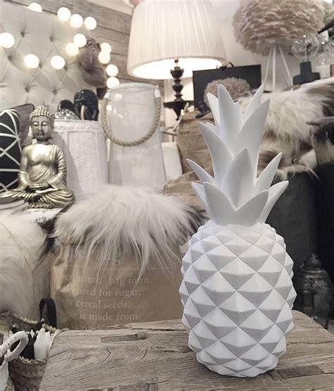 hängende dekoration ananas dekoration pineapple vit inredning jbhome se