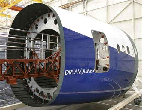 fuselage section boeing 787 dreamliner composite airframe may be unsafe