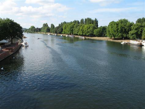 thames river kingston london loop walk 12 kingston upon thames to hatton cross