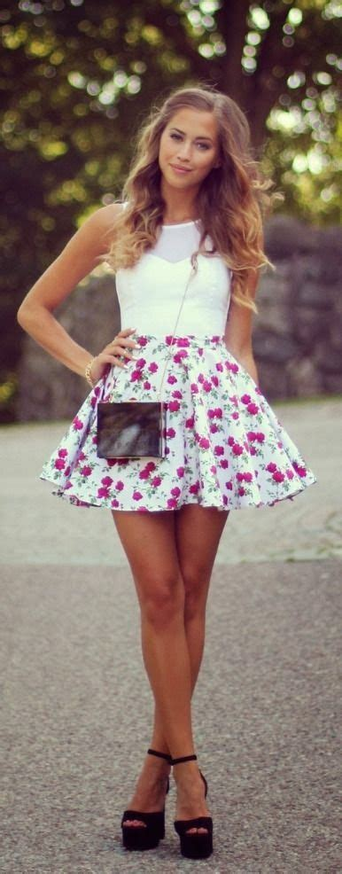 Lnice Flower Top Skirt floral mini skirt with white top