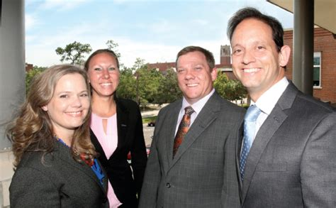 Uf Mba Weekend Program by Uf Mba Programs Boosts Careers Of Rising Executives
