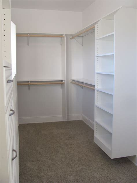 walk in closet home renovation
