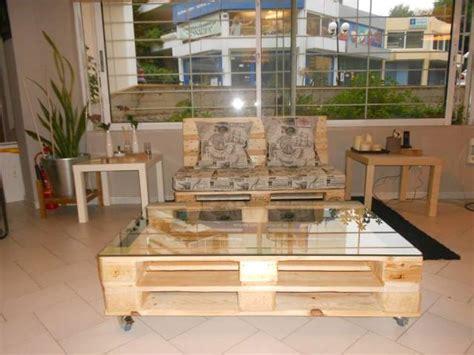 Diy Living Room Furniture by Diy Pallet Sofa Pallet Living Room Table Pallet