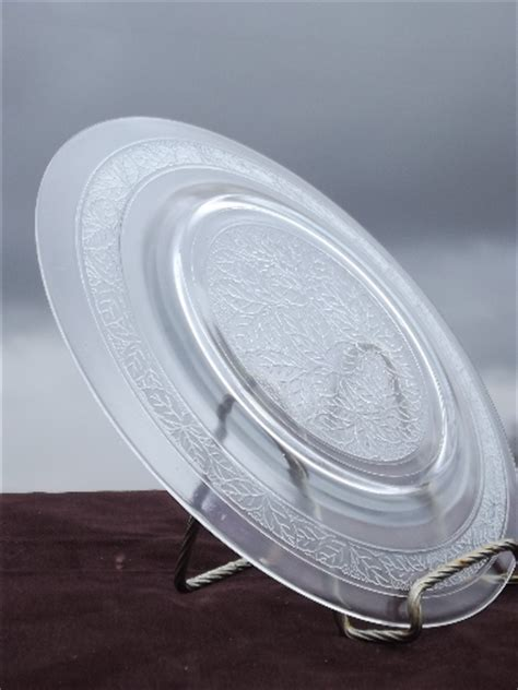 leaf pattern glass plates macbeth evans clear glass leaf pattern plates vintage set