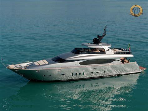yacht forums maiora yachts luxury mega super yacht builders
