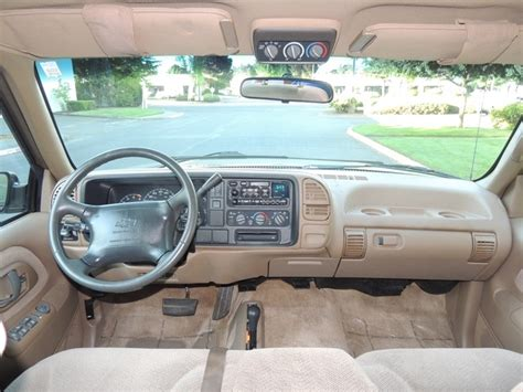 1995 chevrolet suburban interior pictures to pin on