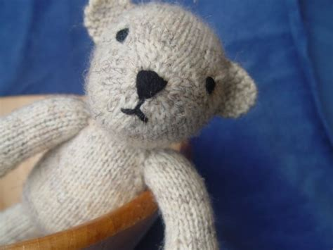 pattern bear pinterest bjorn the bear knitting pattern by yarnigans on etsy