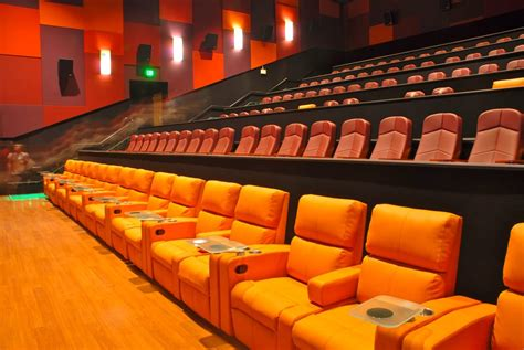 Cinetopia Living Room Theater | the best seat in the house in the living room theaters