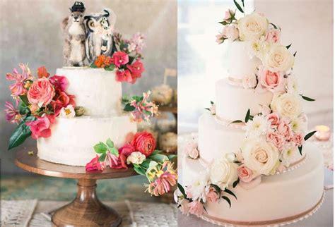 torta con fiori freschi le torte nuziali
