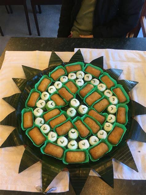 membuat kue soes 30 best images about jajan pasar tumpeng on pinterest
