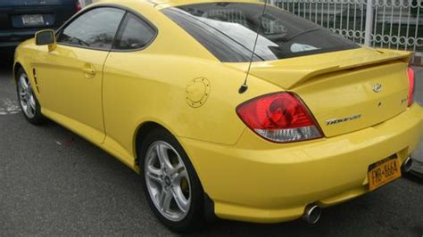 how petrol cars work 2006 hyundai tiburon transmission control sell used 2006 hyundai tiburon gt coupe 2 door 2 7l in bronx new york united states