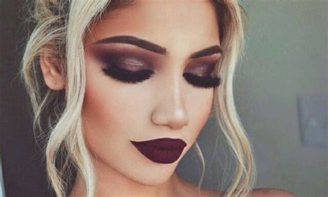Make Up Artist Make Up 35 calgarian makeup artists you need to check out right now narcity