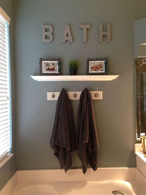 pin up home decor 20 wall decorating ideas for your bathroom simple