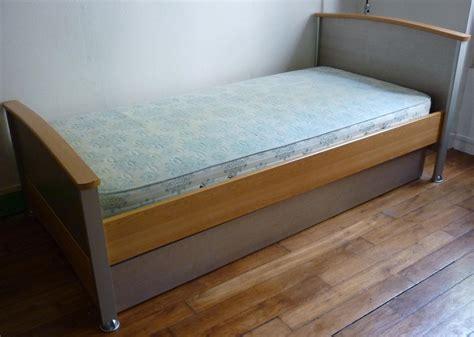 matelas tiroir lit lit avec tiroir matelas maison design wiblia