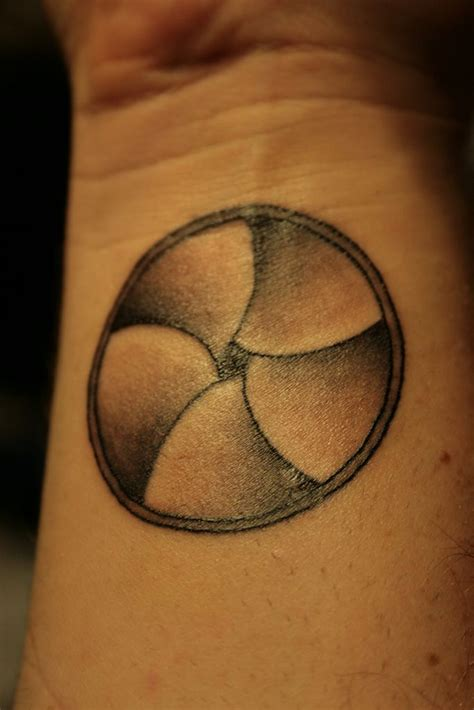 aperture tattoo 78 ideas about aperture on