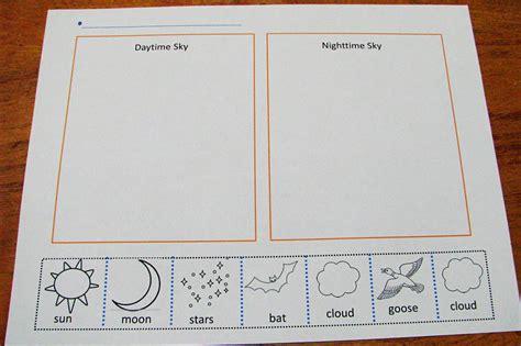 kindergarten activities day and night mommy s little helper letter n night preschool theme