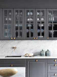 Cabinets With Knobs by Gray Kitchen Cabinets With Gold Knobs Kitchen