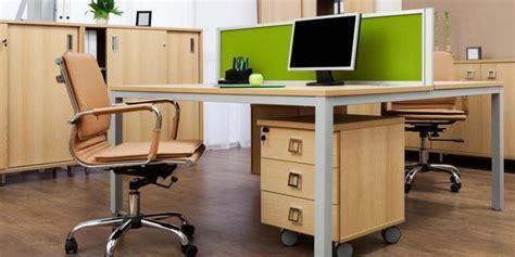 Meja Kantor Di Makassar cara menjaga meja kerja tetap bersih merdeka