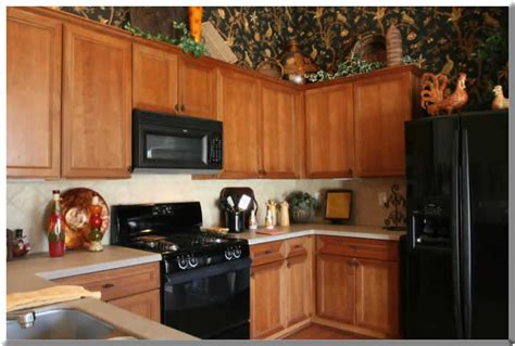 Non Toxic Kitchen Cabinets by Non Toxic Kitchen Cabinets Spray Lacquer Finish Damage