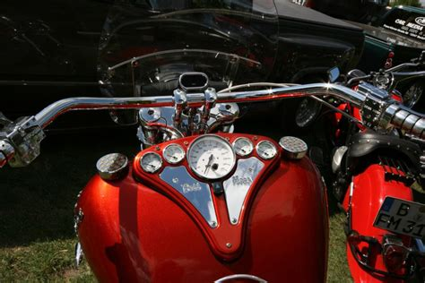 Boss Hoss Motorräder In Deutschland by Motorr 228 Der Harley Davidson Service Car Boss Hoss Und