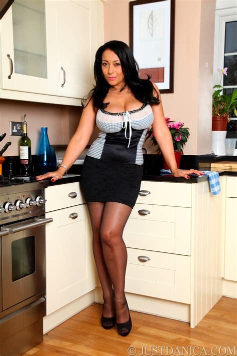 horny house wife danica milf hot girls wallpaper