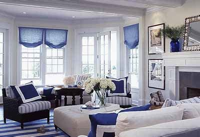 Blue And Black Living Room Decorating Ideas by Black And White With Color Accent Decorating White Black