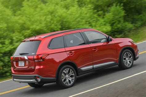 mitsubishi outlander 2016 2016 mitsubishi outlander reviews and rating motor trend