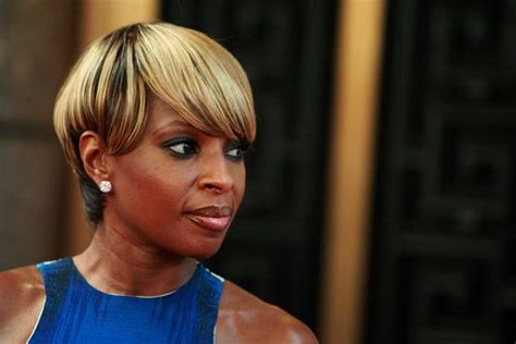 mary j blige flipped hair 1000 images about mary j blige hair on pinterest