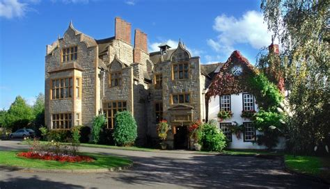 wedding venue hotels uk wedding venues top 3 hotels in the uk weddingdates